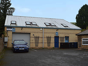 Another Deal Done by Deriaz – The Forge, Wycombe Lane, Wooburn Green