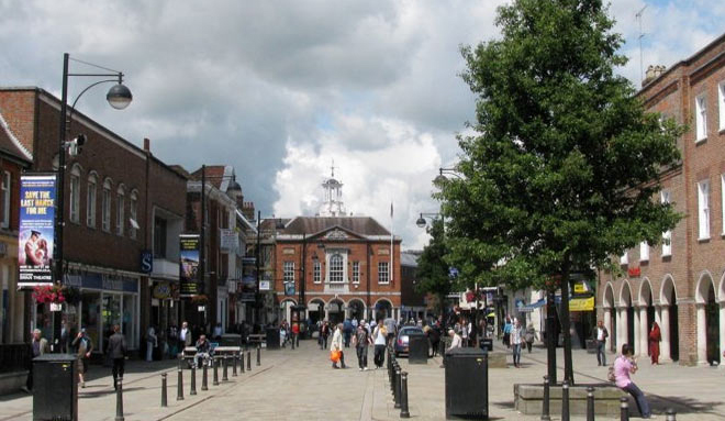 COMMERCIAL PROPERTY HIGH WYCOMBE: area guide to the transports, rent and locations
