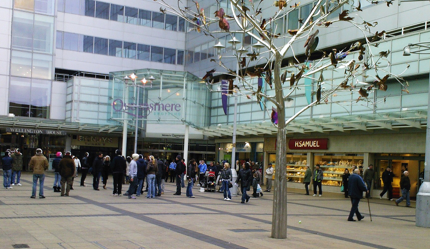 COMMERCIAL PROPERTY SLOUGH: area guide to the transports, rent and locations